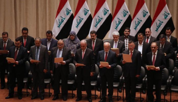 ديك الدهر باض في بغداد… حكومة!