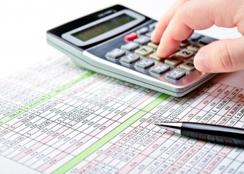 الإمارات تحذر من عدم التسجيل في ضريبة «القيمة المضافة»