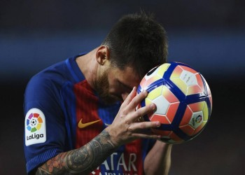 الصحافة الإسبانية: «ميسي» جدد عقده مع «برشلونة»