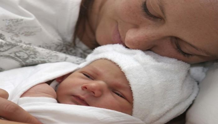 بدانة الأم خلال الحمل تعرض المواليد للإصابة بعيوب خلقية