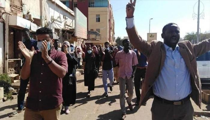 السودان.. تجمع المهنيين يعلن إضرابا شاملا الثلاثاء