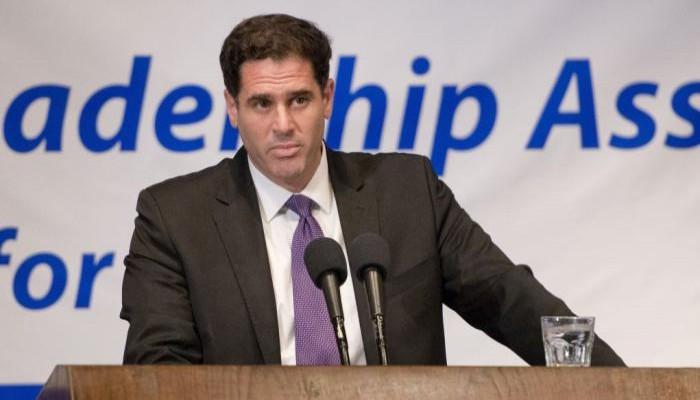 السفير الإسرائيلي لدى واشنطن: ينبغي ألا نفرط في السعودية