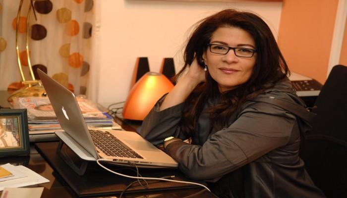 «فاطمة ناعوت» تعود للقاهرة  رغم حكم بحبسها 3 سنوات لازدرائها الإسلام