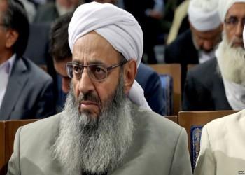 زعيم سني بإيران يتهم السلطات باستبعادهم من الوظائف الحكومية