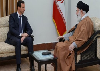للمرة الأولى منذ ثورة سوريا.. الأسد يزور إيران ويلتقي خامنئي