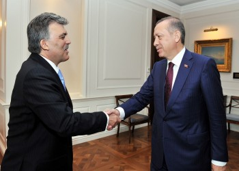 المعارضة التركية تتهم «أردوغان» بمنع «غل» من الترشح للرئاسة