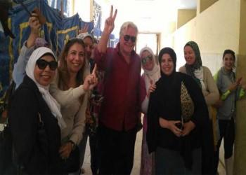 ممثل مصري يدلي بصوته مرتين لـ«السيسي» بالداخل والخارج