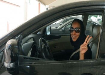 بعد 27 عاما.. مناضلات قيادة المرأة السعودية للسيارة يحتفلن