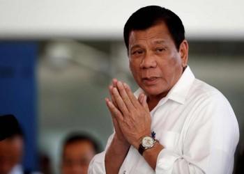 الرئيس الفلبيني يحضر مراسم تأبين الخادمة المقتولة بالكويت