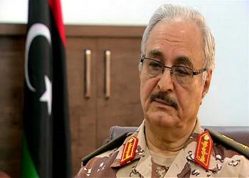 «حفتر».. رقم غامض في تحركات الجزائر لحل الأزمة الليبية