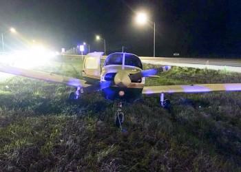مبتعث سعودي يهبط بطائرة على طريق سريع بفلوريدا.. ويؤكد: السلطات أشادت بموقفي