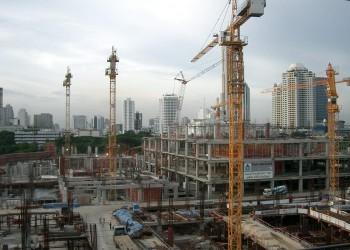 «ميد» تتوقع تراجع قيمة عقود المشاريع في الخليج 15%
