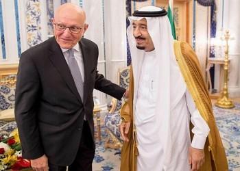 عندما يشذ لبنان عن الإجماع العربي