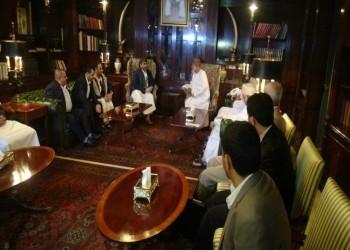 الانقسام يعصف بوفد الحوثيين و«صالح» والوفد الحكومي يتغيب عن المشاورات