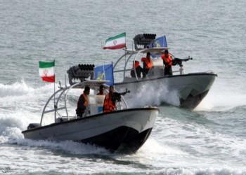 البنتاغون: 7 زوارق إيرانية تعترض سفينة أمريكية