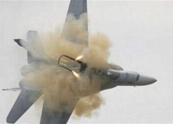 التحالف العربي يسقط طائرة إيرانية بدون طيار بالمخا اليمنية