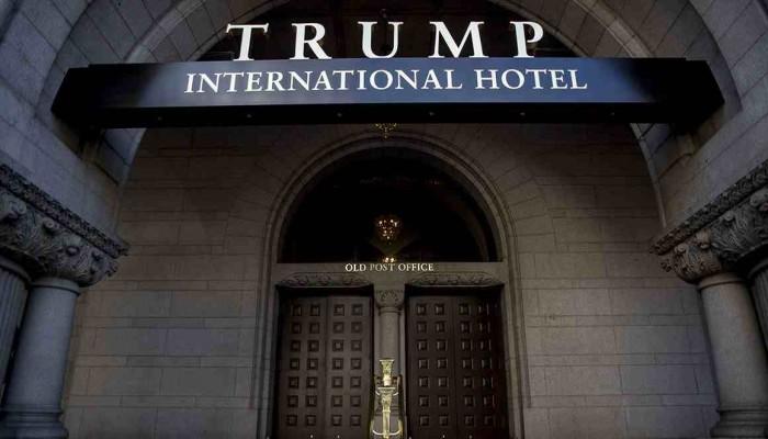 «بوليتيكو»: دعوى قضائية تتهم «ترامب» بتلقي أموال بشكل غير مباشر من السعودية بعد تنصيبه