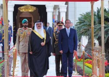 «السيسي» يختتم جولته الخليجية بزيارة البحرين