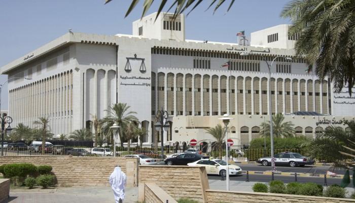 «الجنايات» الكويتية تقضي بإعدام إيرانيين أدينا بقتل شيخ من الأسرة الحاكمة