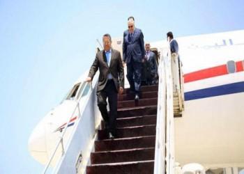 «بن دغر» وحكومته يصلون إلى عدن.. ومهام كبيرة تنتظرهم