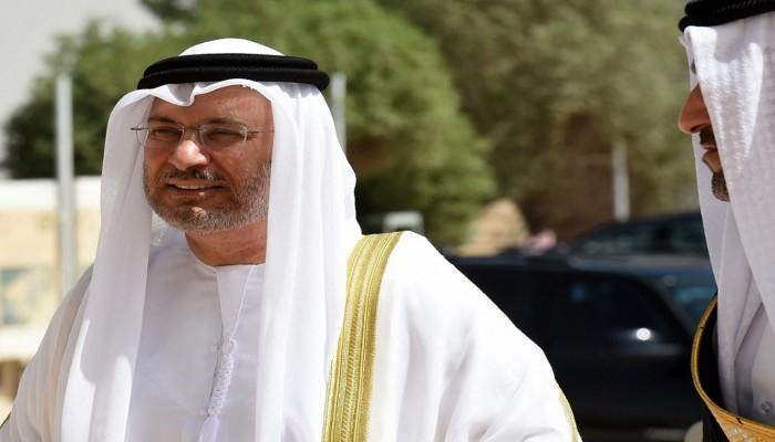«الشلهوب» يسخر من مواقف «قرقاش» قبل وبعد الأزمة الخليجية