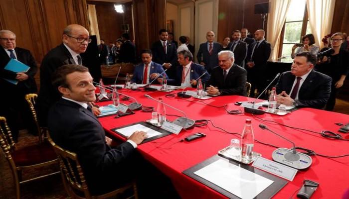 «إخوان ليبيا»: لقاء «السراج» و«حفتر» في باريس «انحراف»
