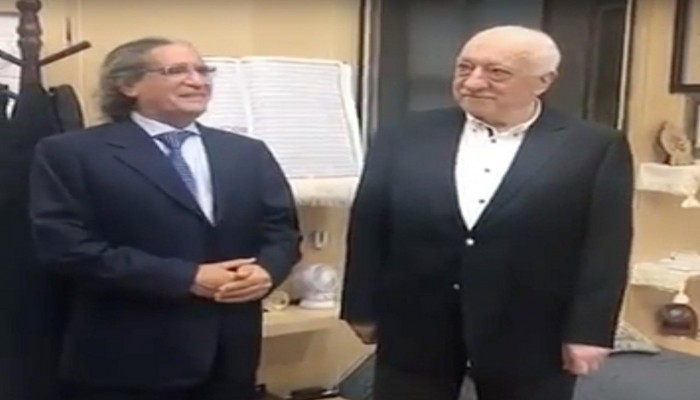 إعلامي مقرب من الديوان الملكي السعودي في ضيافة «كولن» (فيديو)