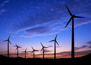 السعودية تطرح أول مشروع لإنتاج الكهرباء بواسطة طاقة الرياح