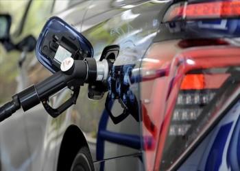 الإمارات تقرر رفع أسعار الوقود الشهر المقبل