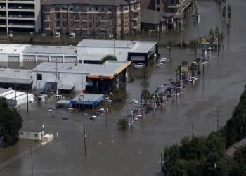 خسائر إعصار هارفي قد تصل إلى 90 مليار دولار