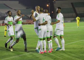 «منتخب الجزائر».. من منافس بطل العالم إلى حديث الصحافة الساخرة