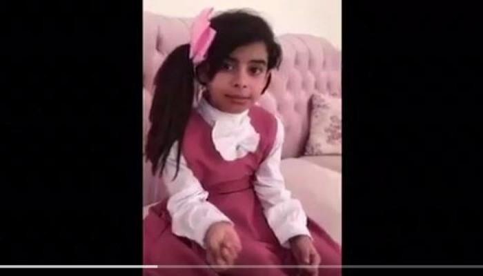 مديرة مدرسة سعودية تهدد طالبة لتترك التمثيل على «سناب شات»