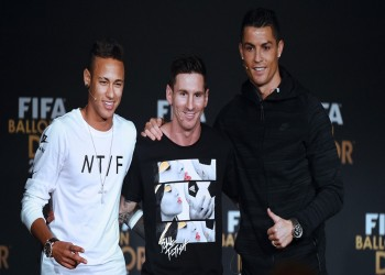 «نيمار» يزاحم «رونالدو» و«ميسي» على جائزة أفضل لاعب