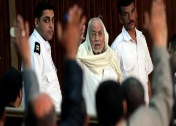 وفاة «مهدي عاكف» مرشد «الإخوان» السابق بمحبسه في مصر
