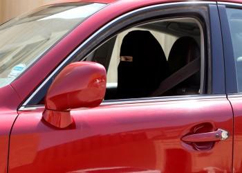 باحثة: السماح للسعوديات بالقيادة تلميع لولي العهد وإلغاء الوصاية قادم