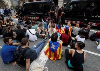 «برشلونة» يعلن الحرب على حكومة مدريد بالإضراب العام في كتالونيا