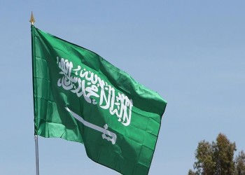 السعوديات سيقدن سيارات النقل والأجرة.. واستمرار مساعي التوطين