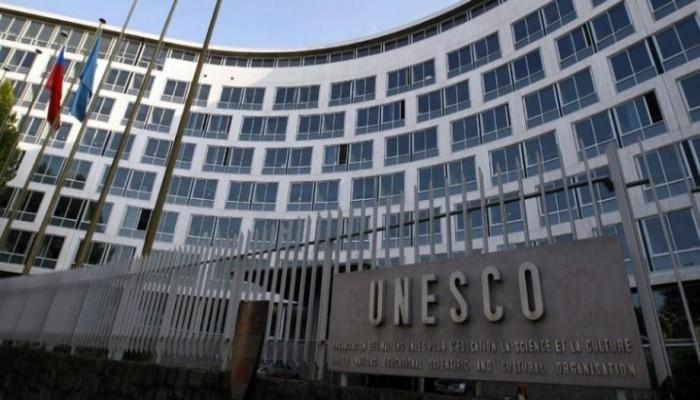 دبلوماسي مصري يهتف بـ«اليونسكو»: تسقط قطر وتعيش فرنسا