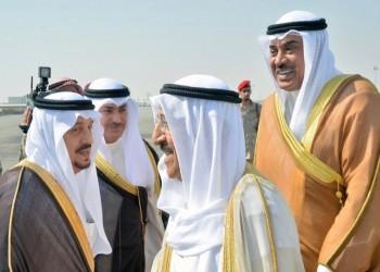 أمير الكويت يغادر السعودية.. ومغردون غاضبون من مستوى استقباله