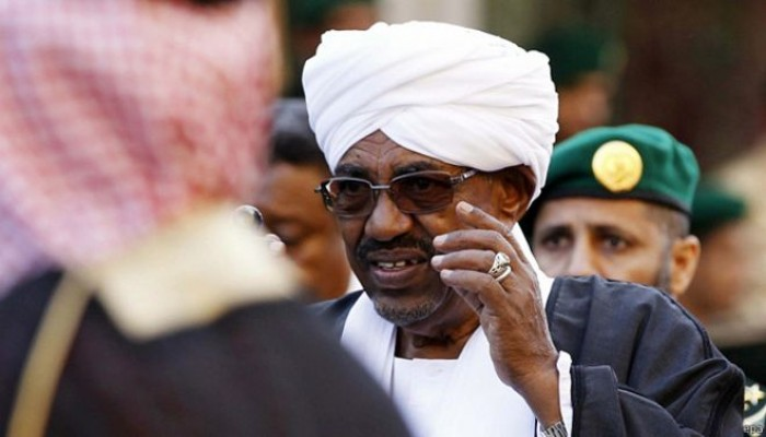 الرئيس السوداني يزور الكويت ضمن جولة خليجية تشمل قطر