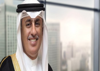 وزير بحريني ينفي توقعات بحل الأزمة الخليجية قريبا