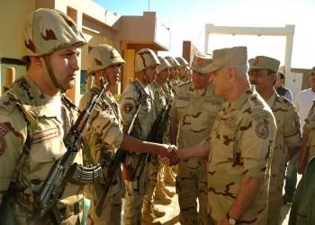 رئيس الأركان المصري الجديد يطالب العسكريين باليقظة الكاملة