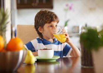 هذه المشروبات تساعد طفلك على التركيز والانتباه في المدرسة