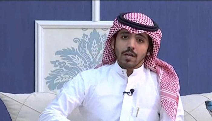 منشد سعودي يتحول إلى الغناء.. ترى ما الأسباب؟