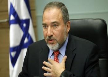 «ليبرمان»: التنسيق الأمني مع (إسرائيل) أنقذ «عباس» من الاغتيال