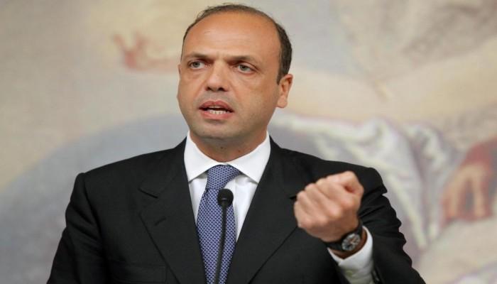 وزير الخارجية الإيطالي: أبلغت «السراج» تأييد روما لاتفاق «الصخيرات»