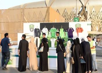 بالفيديو.. السعوديات يتوافدن على «الجوهرة» لحضور مواجهة الأهلي والباطن