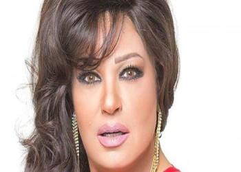 «فيفي عبده» تنفي تقديمها «دورة رقص» في السعودية