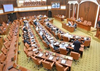 «الشورى البحريني» يرفض قانونا يقيد حركة الاقتراض الخارجي