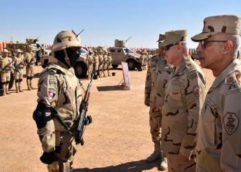 رئيس أركان الجيش المصري يتفقد قواته بسيناء: سنواجه التهديدات